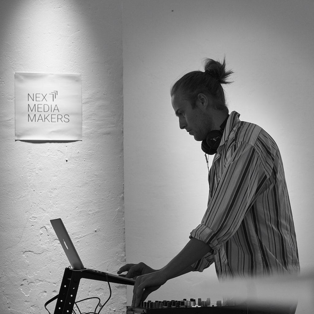DJ Sout bei der Eröffnungsparty von next media makers