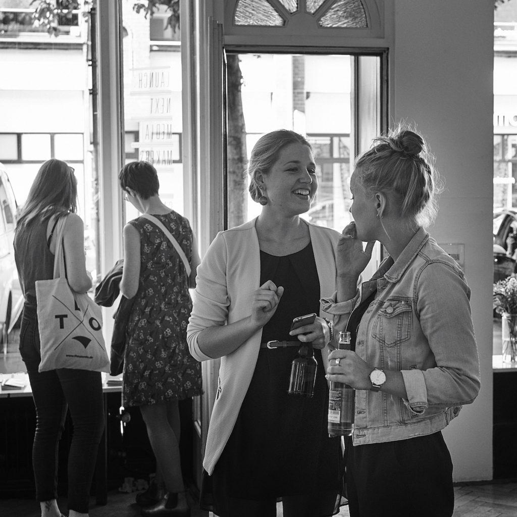 Filipa Lessing und Linda Fischer bei der next media makers-Eröffnung